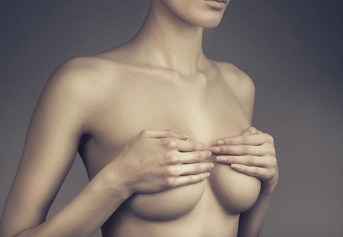 Прыщи на груди